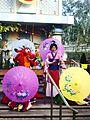 Disneyland Mulan and Mushu.jpg