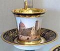 Doccia, servito con vedute di firenze, 1800-1850 ca., tazzina con piazza del duomo.JPG