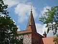 Dorfkirche Heinersdorf, Schwedt 2019 Turmhaube.jpg