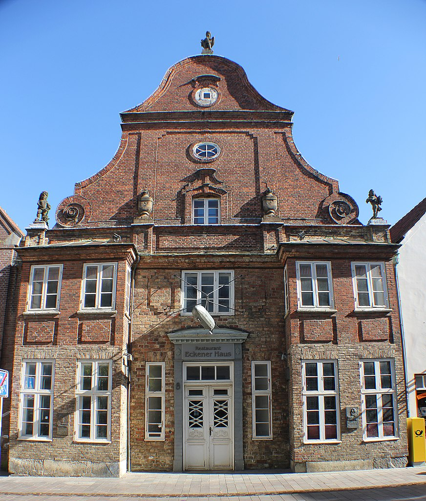 Haus Bild: Datei:Eckener Haus (Vorderansicht), Viertes Bild.JPG