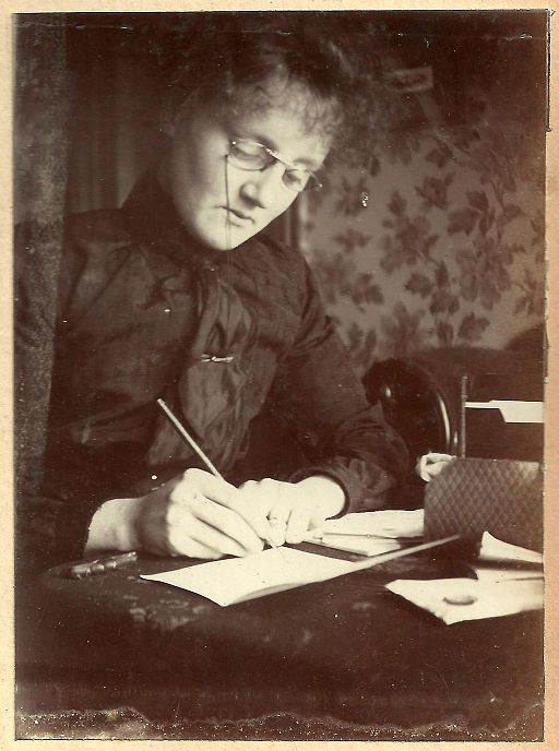 Edwardian lady writing (6908558900)