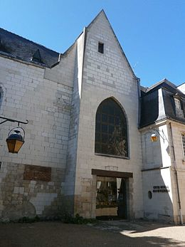 Eglise St-Denis Tours.jpg