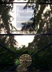 Grab Elisa von der Reckes und Christoph August Tiedges auf dem Inneren Neustädter Friedhof in Dresden. (Quelle: Wikimedia)