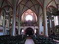 Elversberg Katholische Pfarrkirche Herz Jesu Innen 04.JPG