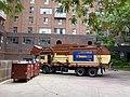 Emptying a garbage bin, 2013 07 22 -y.JPG