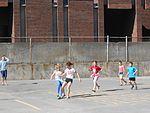 Enfants ballon Saint-Henri.JPG