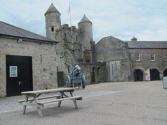 Enniskillen Castle - Image: Enniskillen Castle 2 by Paride