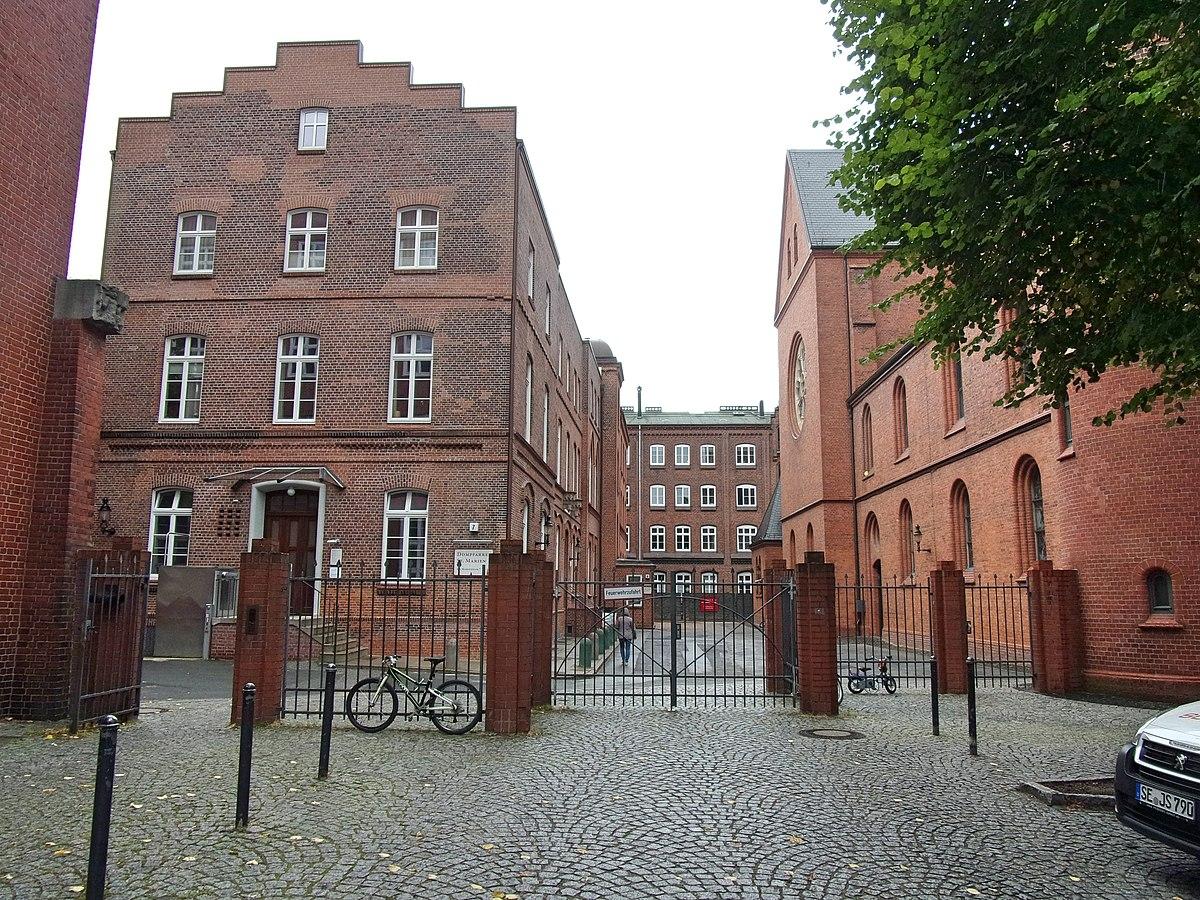 Am Mariendom Hamburg