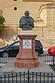 Estatua a Francisco Rodríguez Marín.jpg