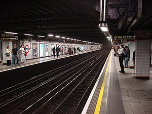 Euston Square tube station - Image: Euston Square tube station, Westbound platform geograph.org.uk 977128