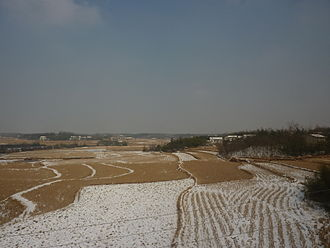 Lu'an - Winter farm landscape near Lu'an urban area