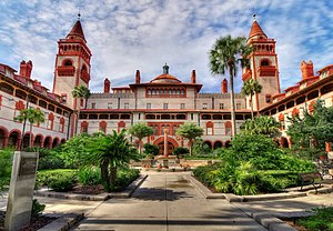 Ponce de Leon Hotel - The Ponce de León Hotel, today Flagler College
