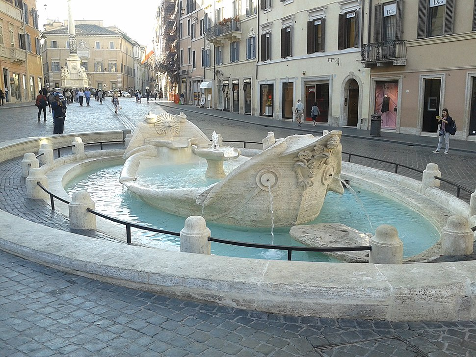 Fontana della Barcaccia restaurata, guardando verso Piazza Mignanelli.jpg