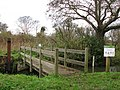 Footbridge over Honing Lock - geograph.org.uk - 1050964.jpg