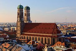Frauenkirche Munich March 2013.JPG