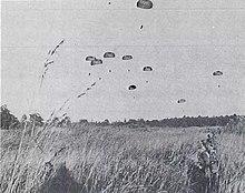 Opération militaire Francaise: La Baaille de KOLWEZI 220px-French_paratroopers