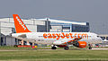 G-EZUS Easy Jet A320 (9602716716).jpg