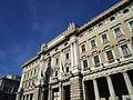 Galleria Alberto Sordi - vista della facciata principale.JPG