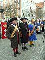 Gdańsk grupa rekonstrukcyjna na Długim Targu (2).JPG