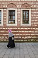 Going to the mosque (11711998003).jpg