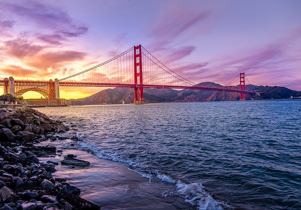 Golden Gate Bridge at Purple sunset.jpg