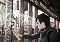 Graffitti en un paradero de Transantiago.jpg