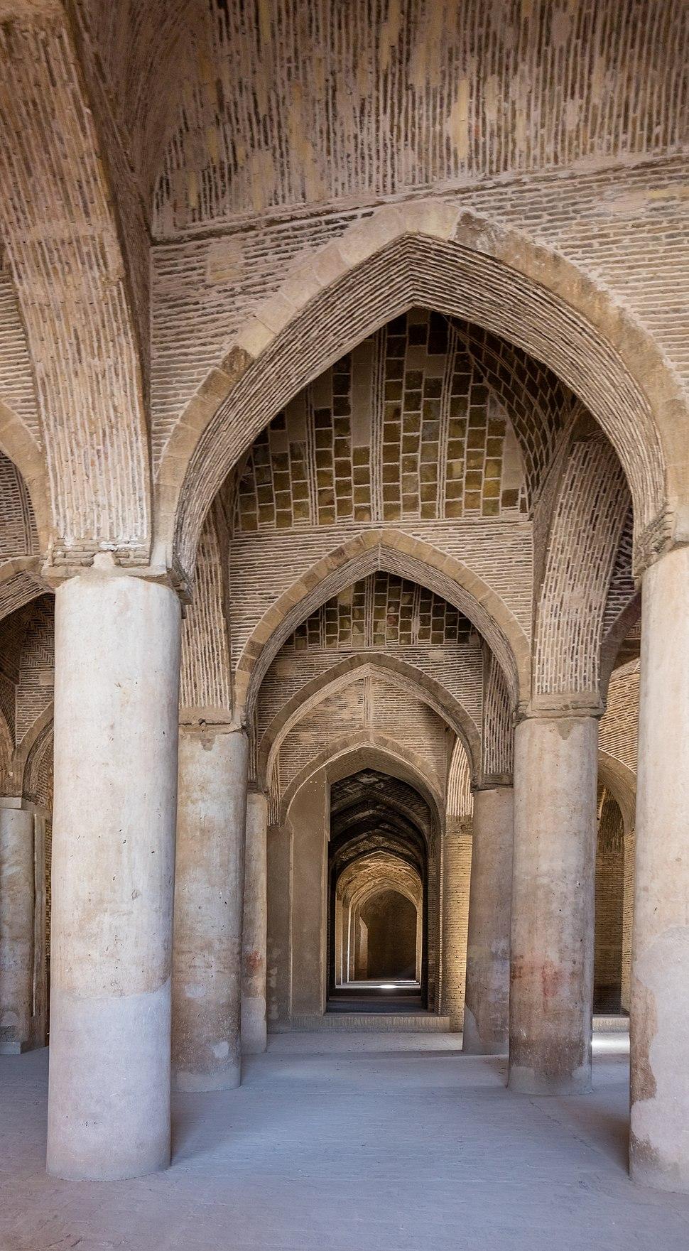 Gran Mezquita de Isfah%C3%A1n, Isfah%C3%A1n, Ir%C3%A1n, 2016-09-20, DD 37-39 HDR