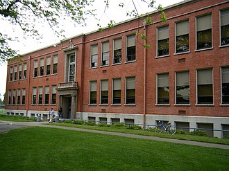Grant High School (Portland, Oregon) - South end of Grant High School