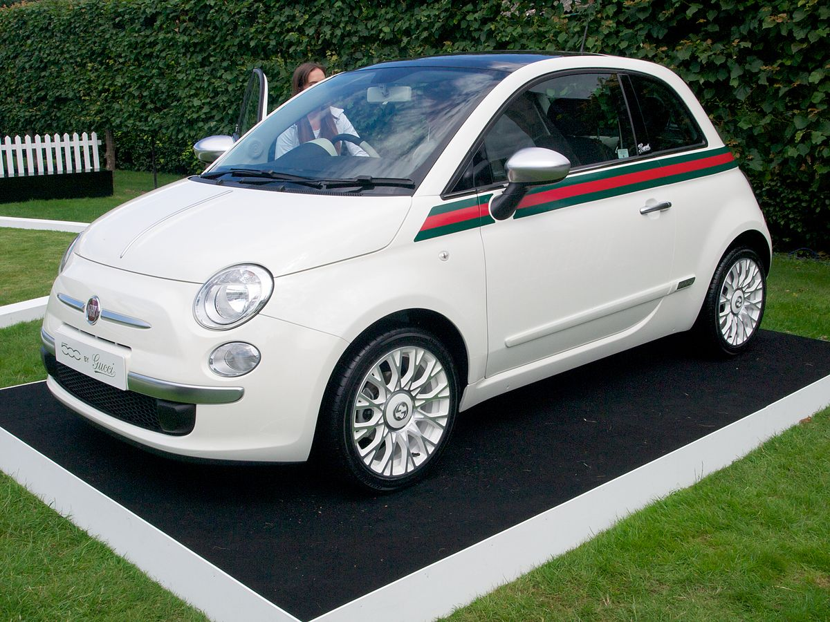 fiat 500 by gucci wikipedia la enciclopedia libre. Black Bedroom Furniture Sets. Home Design Ideas