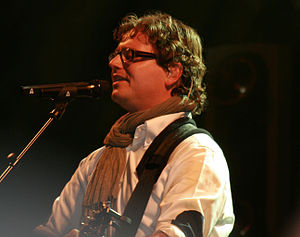 "A te - Guus Meeuwis recorded the song in Dutch as ""Dat komt door jou"", achieving commercial success in the Netherlands."