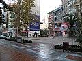Hürriyet caddesi dar sokak geçişi - panoramio.jpg