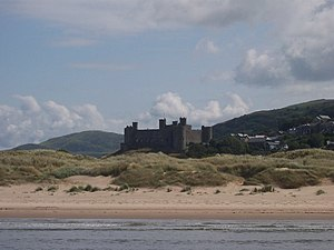 Owen Glendower (novel) - Harlech Castle was taken by Glendower in 1404 and recaptured by the English in 1409.