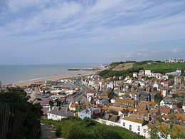 Hastings Old Town dilihat dari East Hill