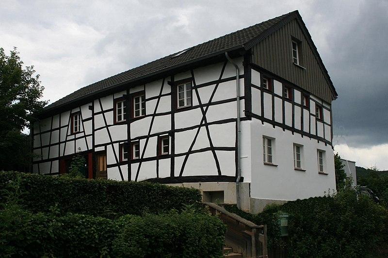 File:Heimbach-Blens Denkmal-Nr. 78, St. Georgstraße 4 (580).jpg