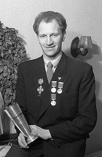 Henry Wahl 1947cr.jpg