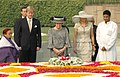 Her Majesty, Queen Beatrix of the Netherlands paying homage at the Samadhi of Mahatma Gandhi at Rajghat, in Delhi on October 24, 2007.jpg