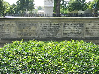Hermann von Boyen - The tomb of Boyen at the Invalidenfriedhof in Berlin.