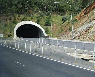 South Eastern Freeway - Image: Heysentunnel