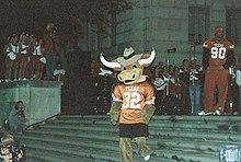 Hooku0027Emu0027s before the 2014 costume change. & Hook u0027em (mascot) - Wikipedia