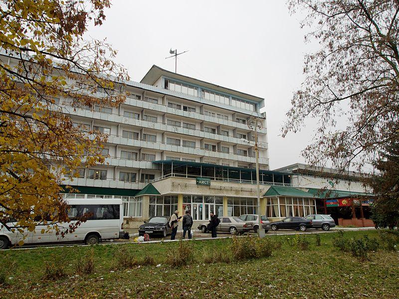M Hotel Tri Cities