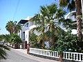 Hotel in Perissa - panoramio.jpg