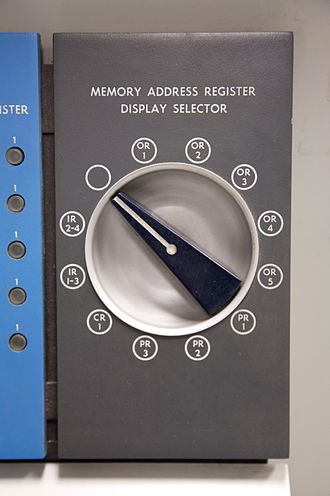 IBM 1620 - IBM 1620 Memory address register display selector switch.