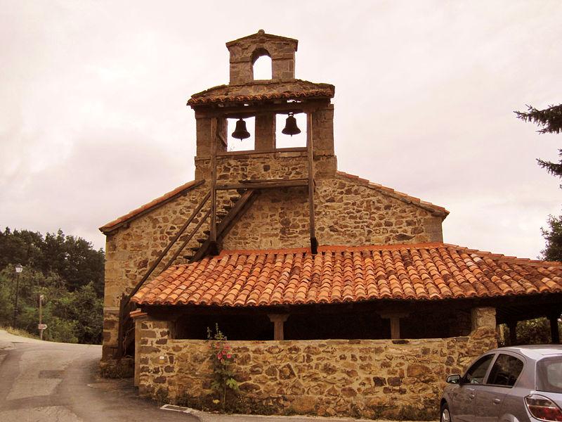 File:Iglesia de Nuestra Señora de la Asunción, Mogrovejo.jpg