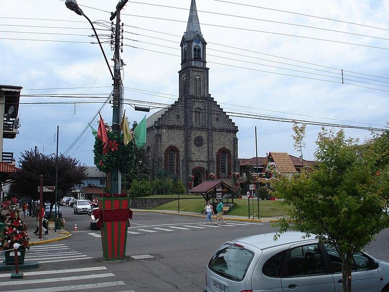 Ficheiro:Igreja Matriz São Pedro.jpg