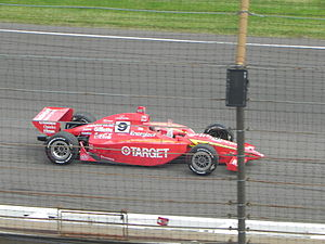 2000 Indianapolis 500 - Image: Indy 500winningcar 2000