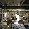 Interieur, woonkamer op de begane grond - Kerkrade - 20385286 - RCE.jpg