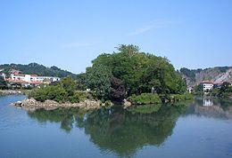 Irun - Isla de los Faisanes sobre el río Bisasoa 01.jpg