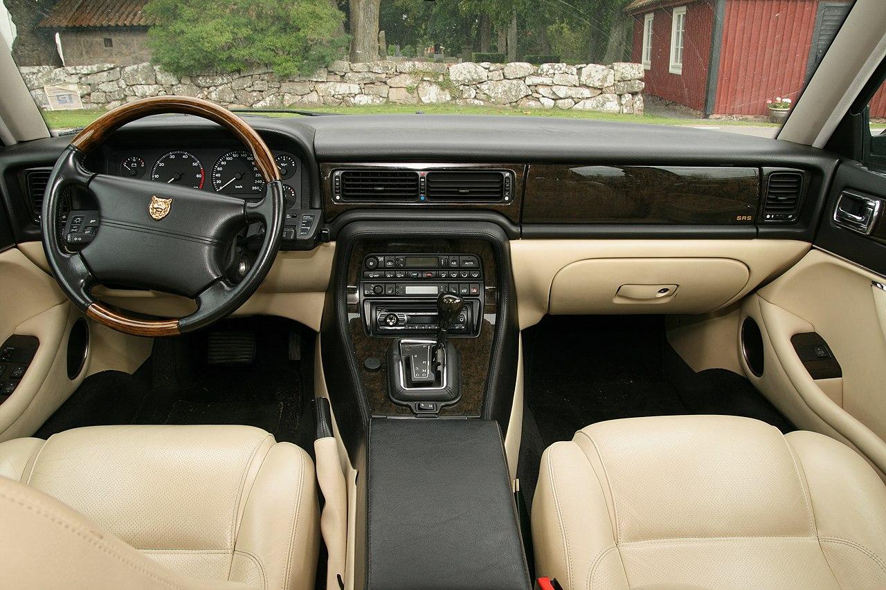 Jaguar Xj Series 1 Interior