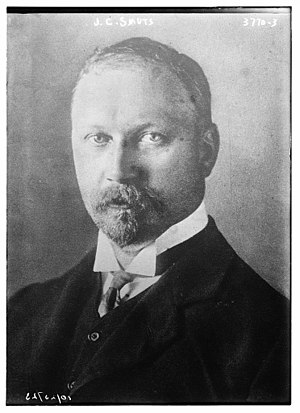 Minister of Home Affairs (South Africa) - Image: Jan Smuts circa 1915