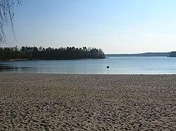 Jezioro Ostrowskie, Przyjezierze